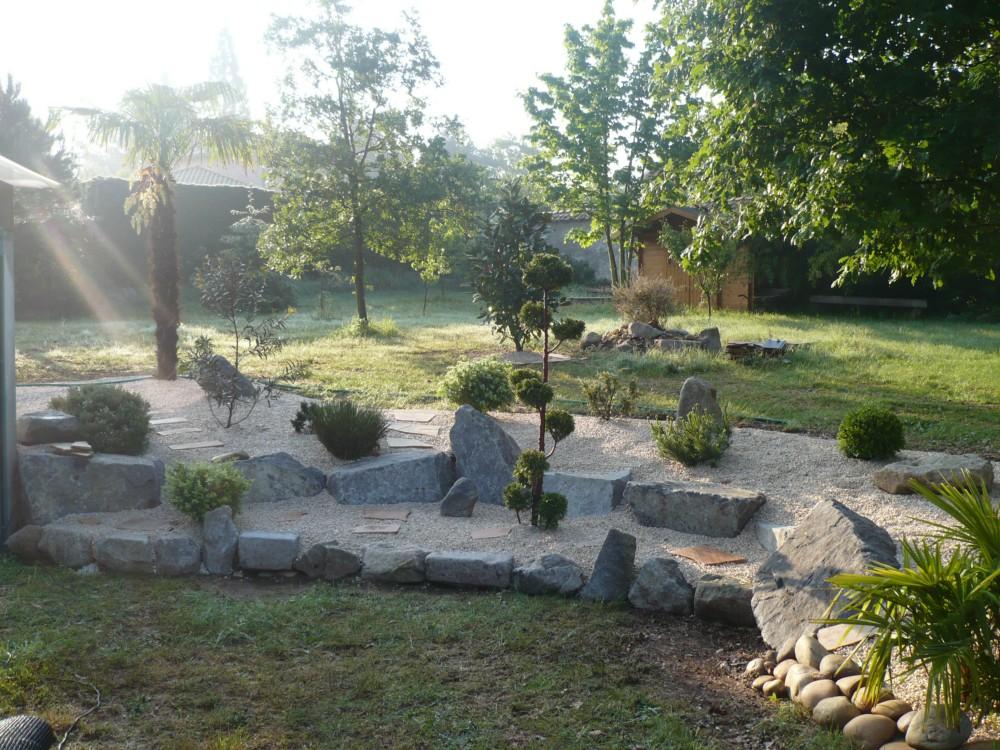 Soutien de relief espaces verts jardin arrosage for Agencement exterieur jardin